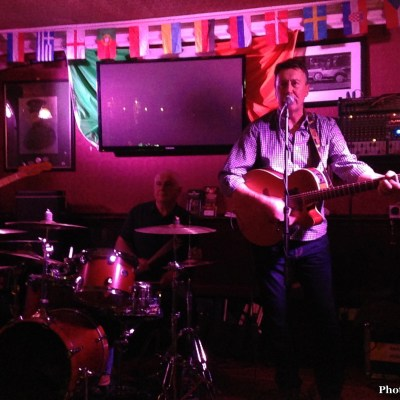 Live music at The Brazenhead
