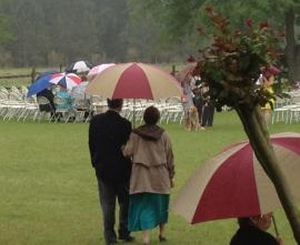 Rainy outdor wedding