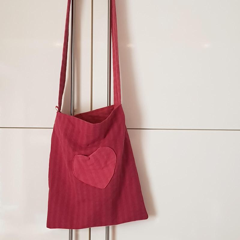 rote Stofftasche