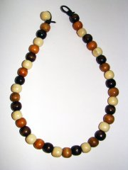 Necklace     Size  Medium/Adult   9 in