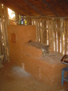 The brick oven (fagon) that the Peace Corps Volunteer built in his village.