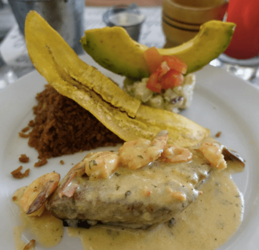 Filete Camaronero at La Mulata