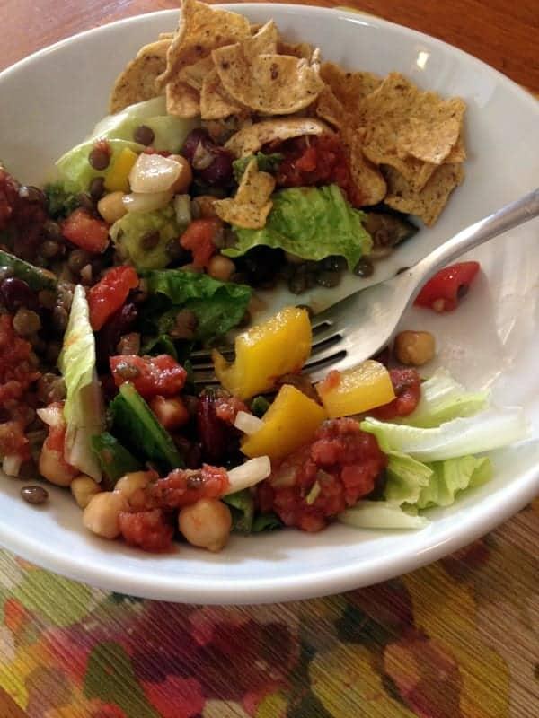 tri legume salad