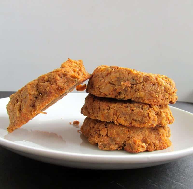 Salmon Cakes via Treble in the Kitchen