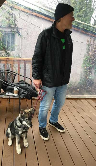 Huskie mix in a dog training class on Tré Bone's patio.