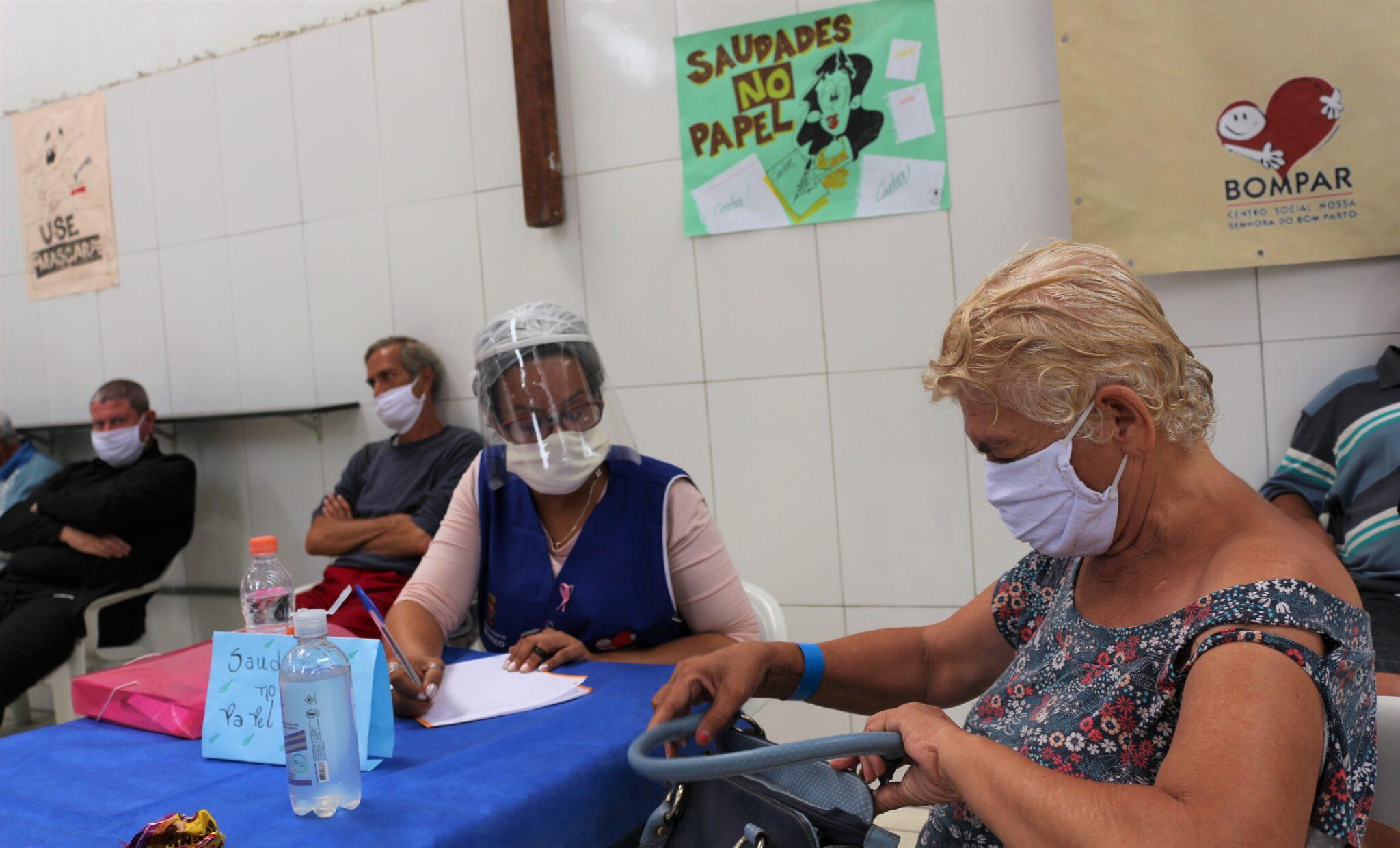 Foto – Cláudia Pereira – Núcleo São Martinho de Lima. (11) Saudades no papel