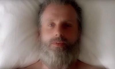 A AMC liberou o primeiro trailer da oitava temporada de The Walking Dead. Durante o vídeo, além de cenas de ação, um grande mistério é apresentado. Confira!