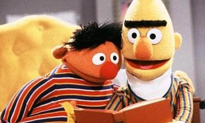Vila Sésamo | Roteirista revela que personagens formam um casal homossexual