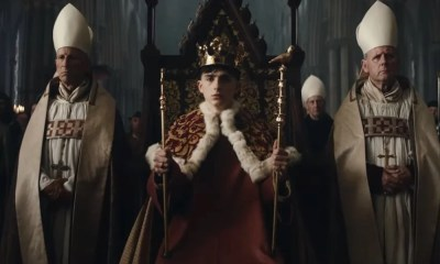 O Rei Filme com Timothée Chalamet e Robert Pattinson ganha trailer final