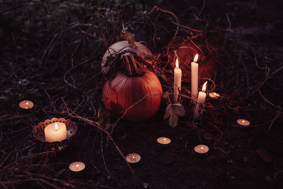 Halloween Edition Poetry: Am I Dreaming, Red Roses, and The Lighthouse by Lynn White