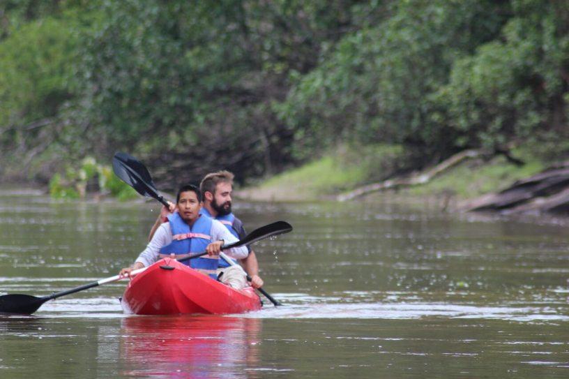 kayak tour iquitos