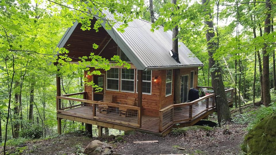 Acadia Cliffs Treehouse Cabin