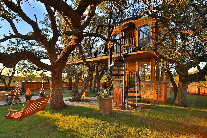 Ryders Treehouse Texas Rental
