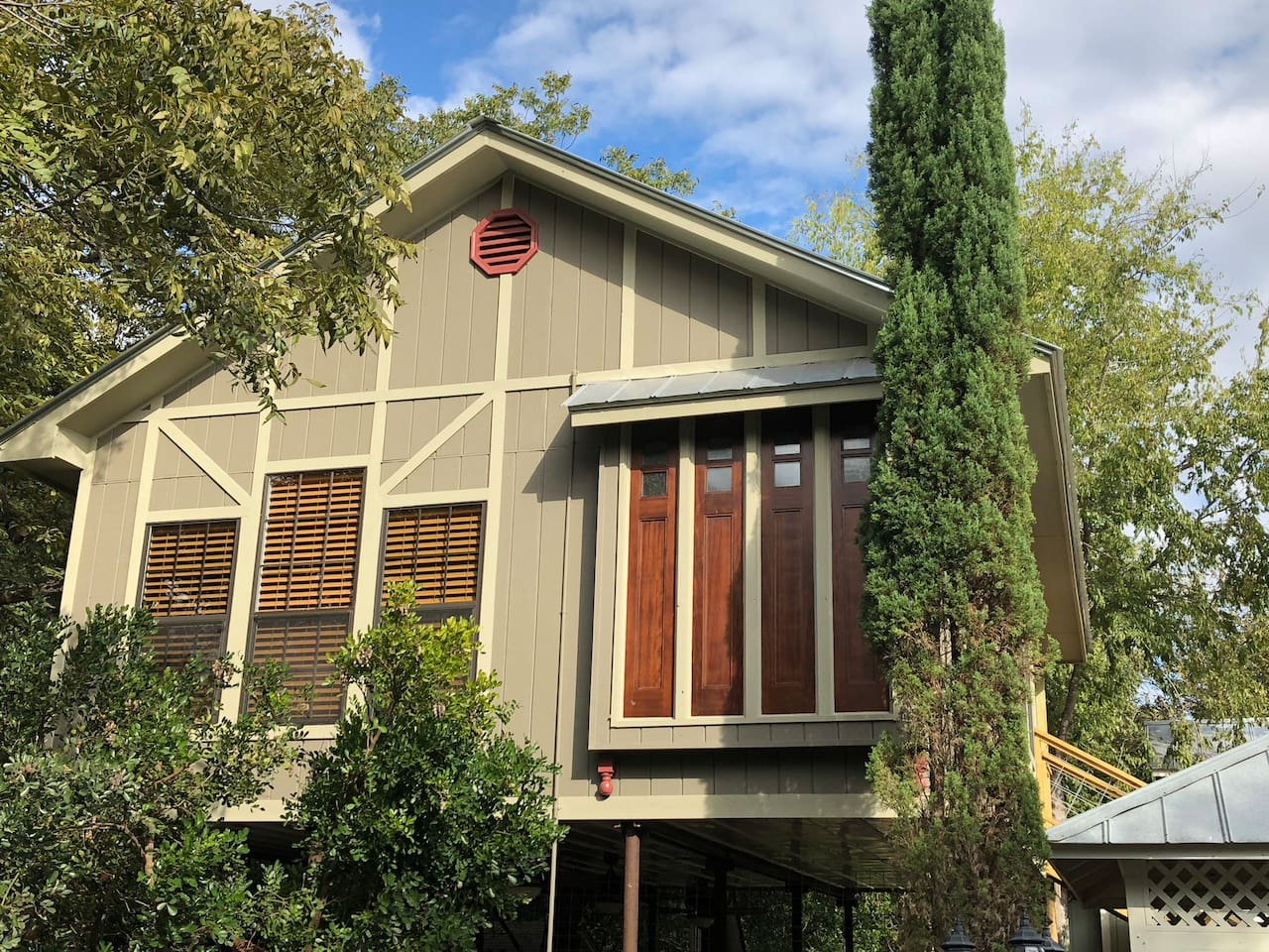 Schwestern Haus at Pecan Grove Estates