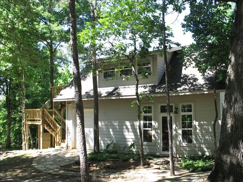 Treehouse Rentals in Texas