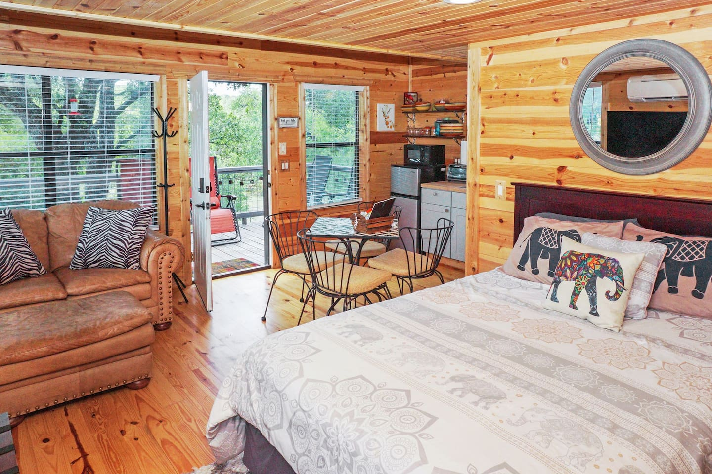 Treehouse Texas Cabins