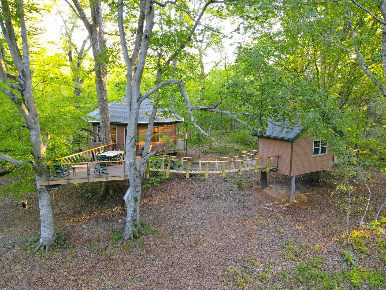 Greenbrier Luxury Treehouse