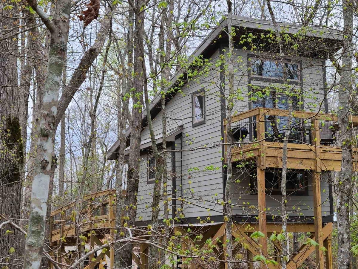 The Owl's Nest Treehouse