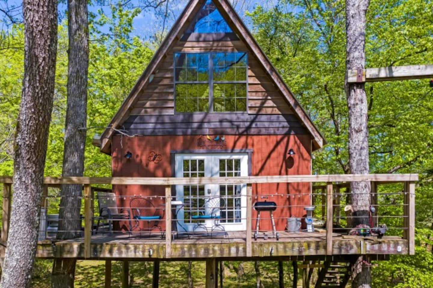 Treehouse Getaway Tennessee Airbnb