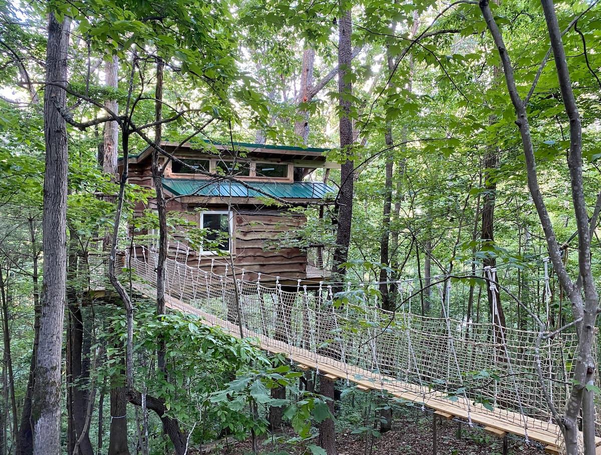 Cheap Treehouse Rental in North Carolina