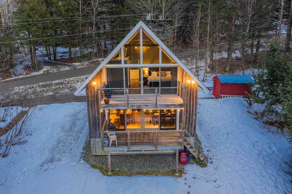 Treehouses in New England A frame cabin vermont ski