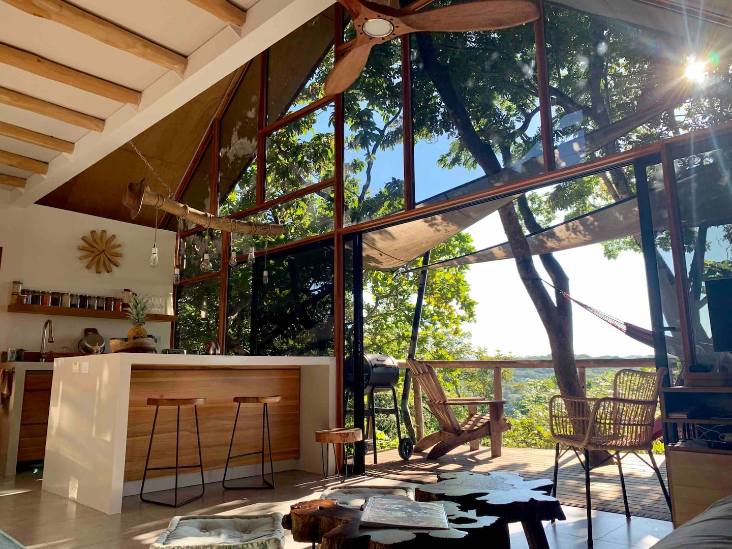 Modern Tree-House with beautiful mountain view
