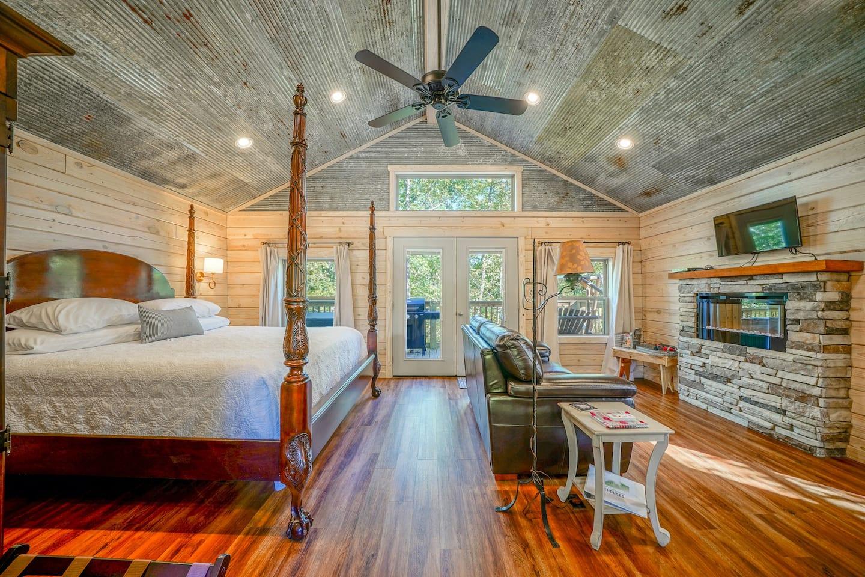 tree house rentals arkansas