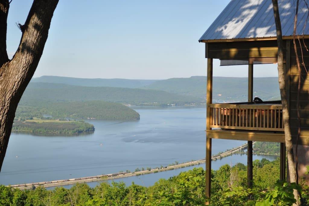 Best Alabama Treehouse Rentals