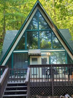 Smoky Bear Hideaway Treehouse Rental in Gatlinburg