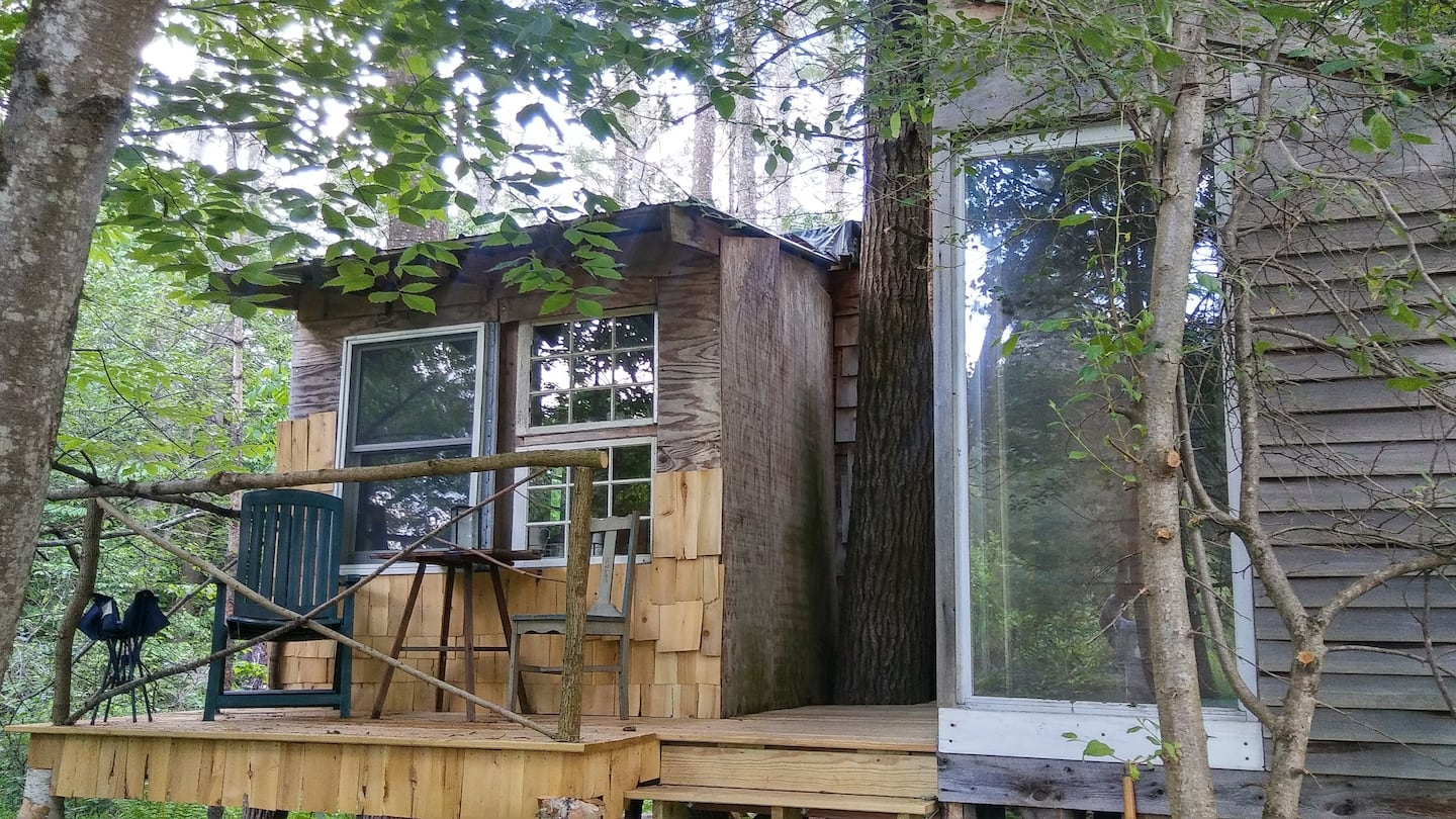 White Mountains Treehouse Airbnb New Hampshire