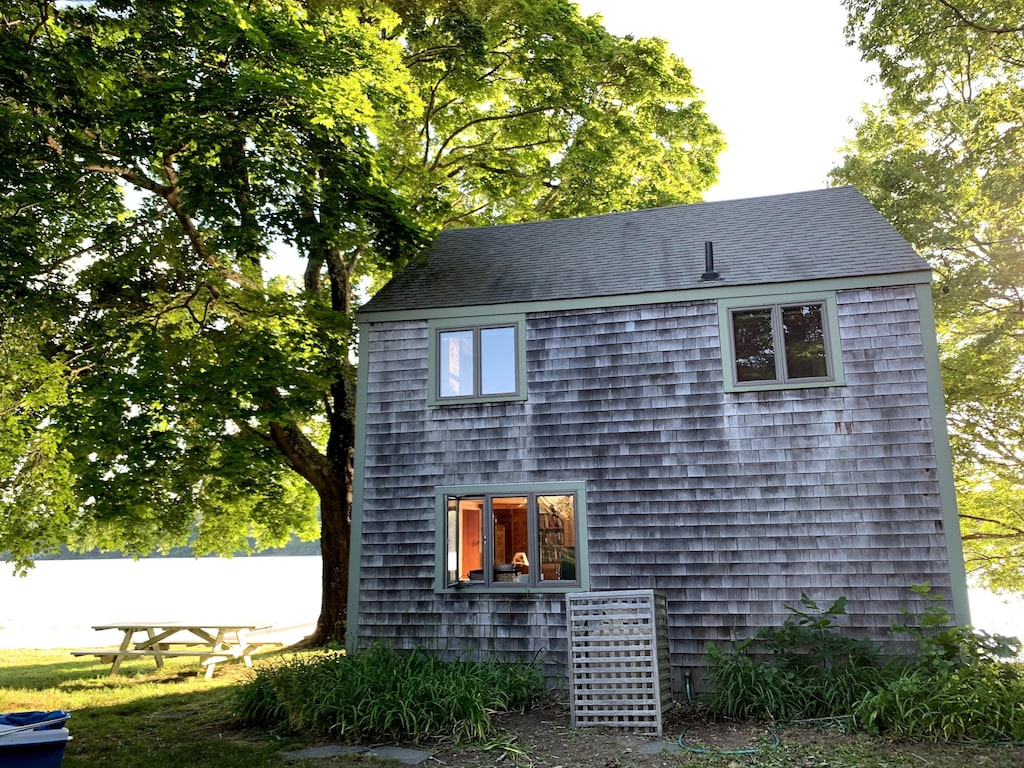 Lakeside Cabin Connecticut