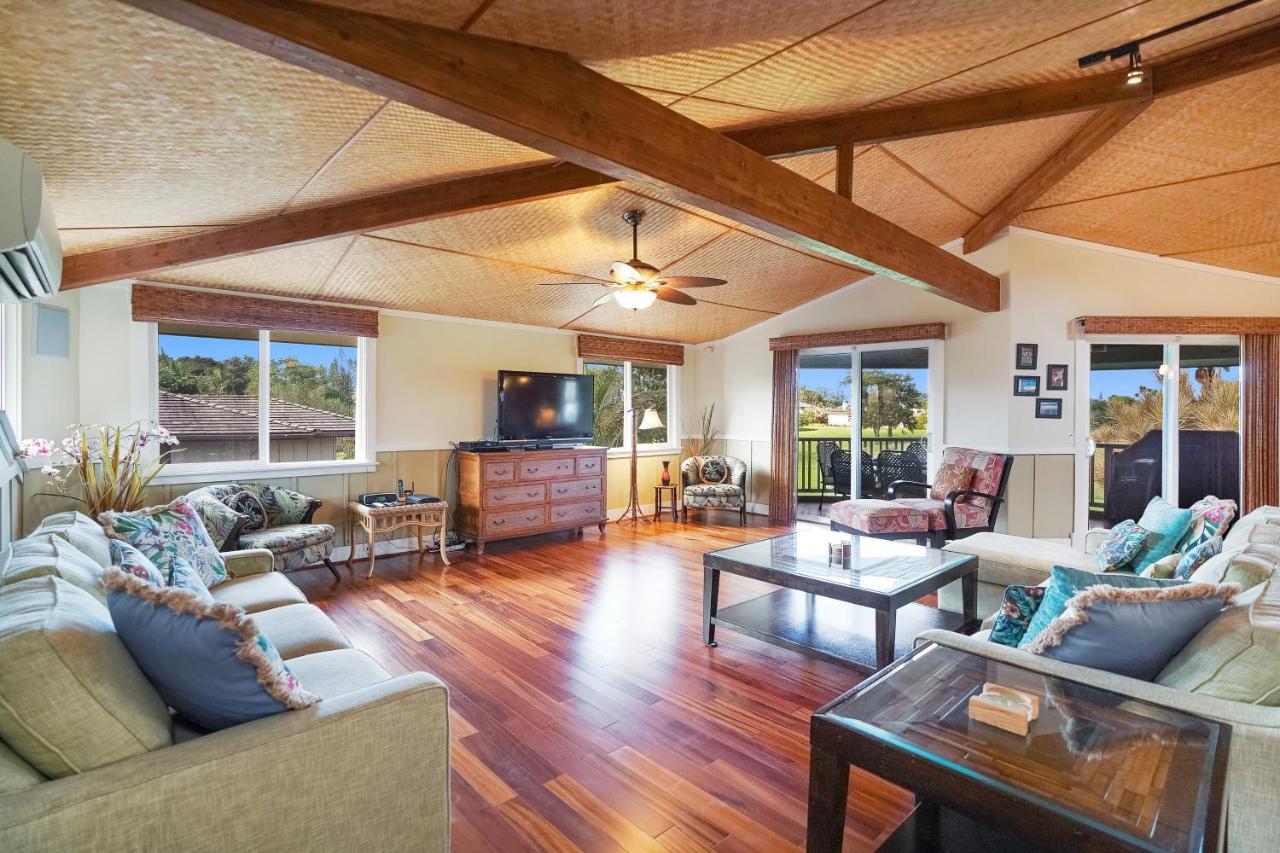 Lola Hale Luxury Treehouse Rental