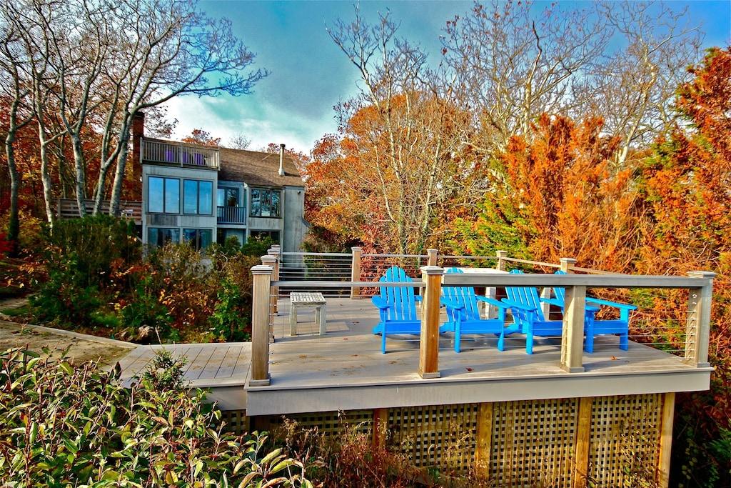 Luxury Treehouse Rental