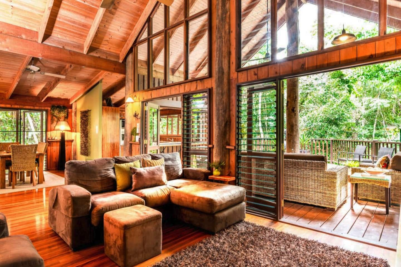 Luxury Tree House Rental in Australia