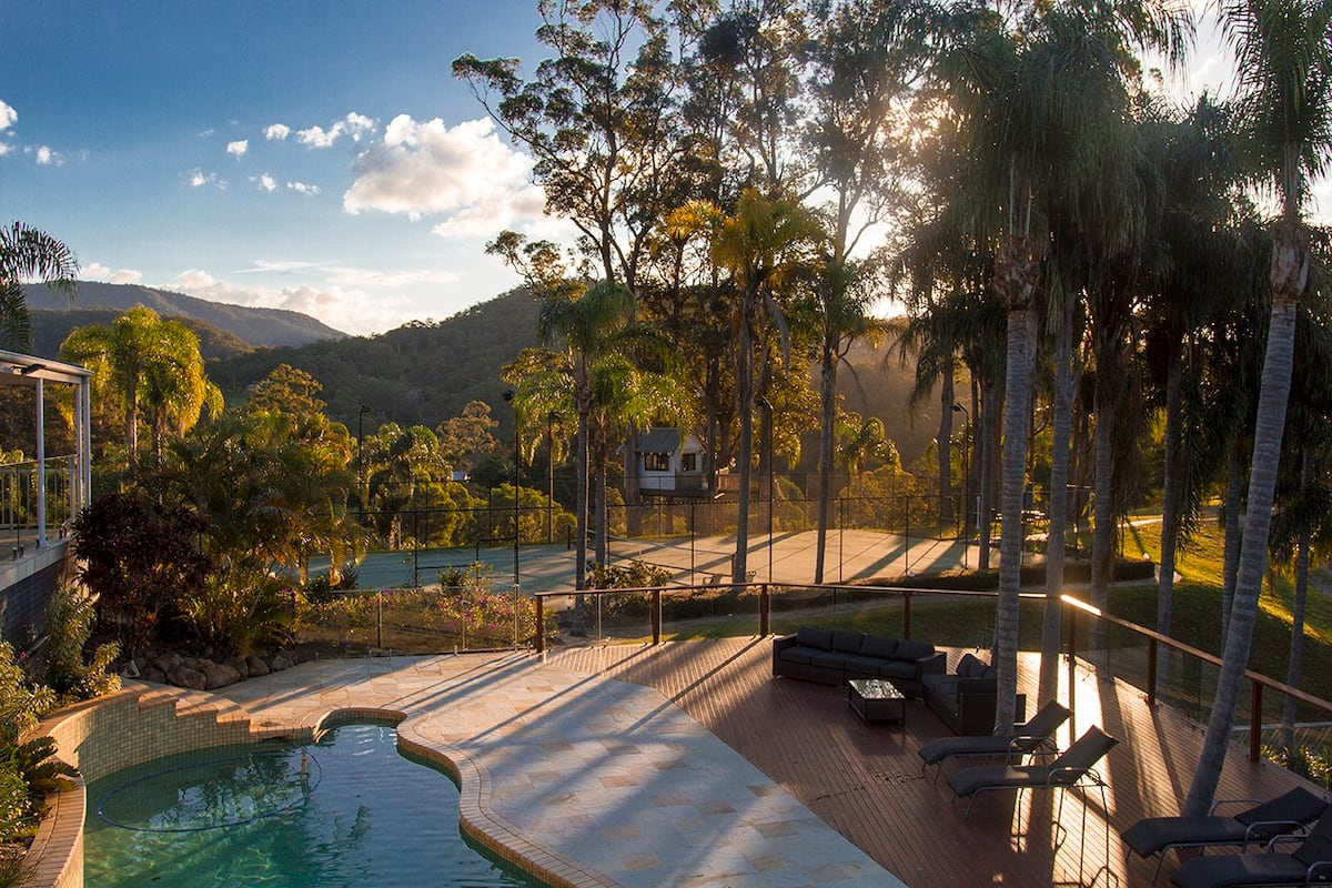Treehouse Retreat Australia