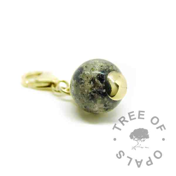 solid gold cremation ash pearl dangle charm, natural ash clear resin, lobster clasp setting for Thomas Sabo style bracelets, solid 9ct gold