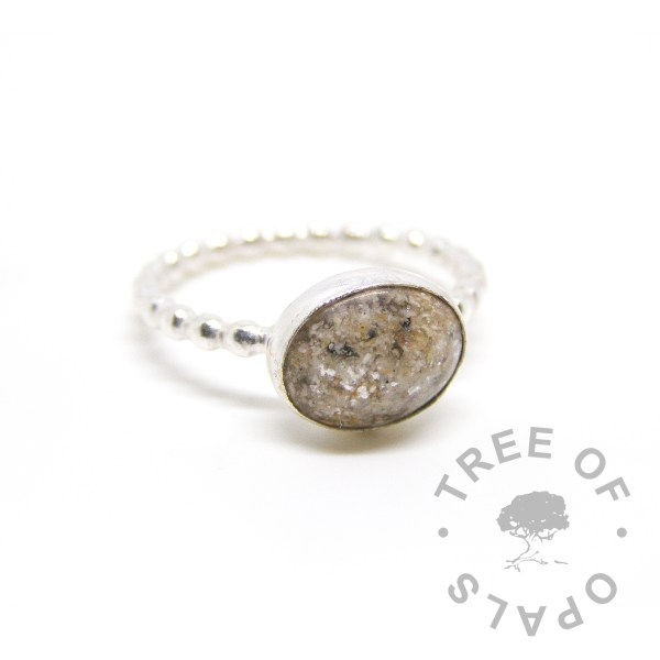classic colour cremation ash ring on bubble wire band