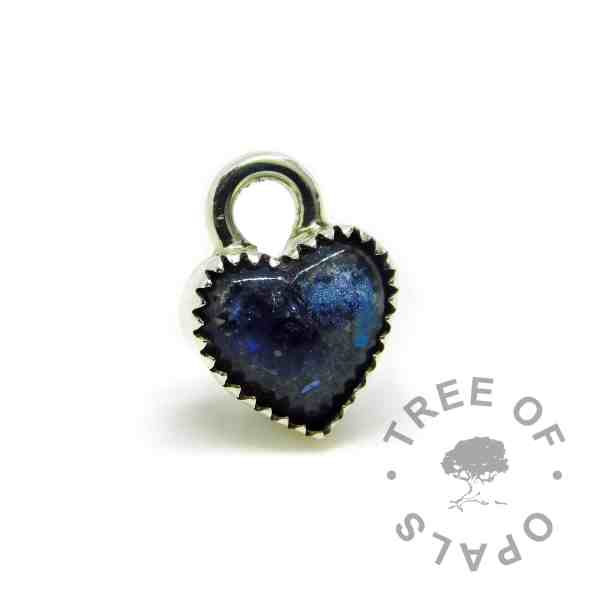blue cremation ash heart charm with serrated setting, 10mm heart