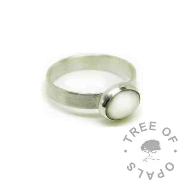 silver breastmilk ring, 10x8mm setting classic breastmilk. 3mm brushed band, 935 anti-tarnish silver