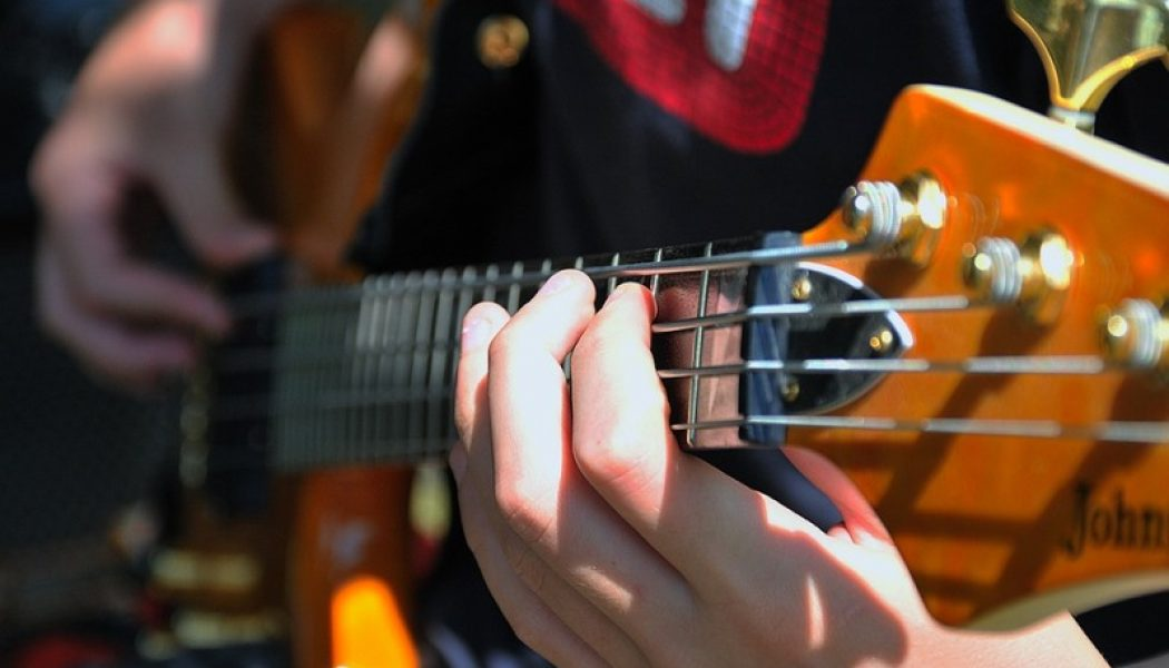 Bass Science Drops New Single, HyperLove