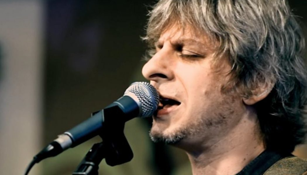 Must Watch: Mike Gordon Plays Phish Rarity Spock Brain