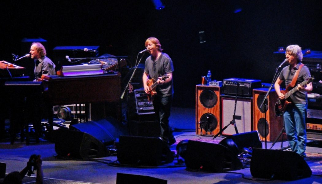 Watch: Trey Anastasio Joins The Allman Brothers For Grateful Dead Cover