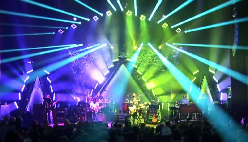 The String Cheese Incident Live On The Hill