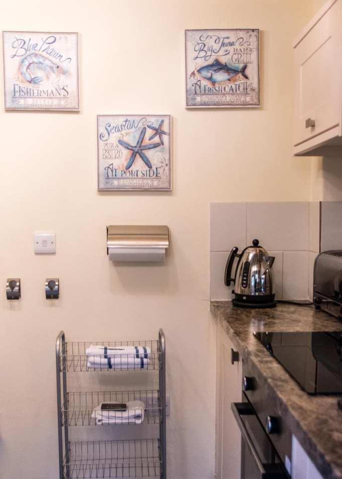 Penjerrick Cottage Kitchen 2