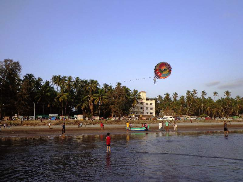 murud beach parachute sport