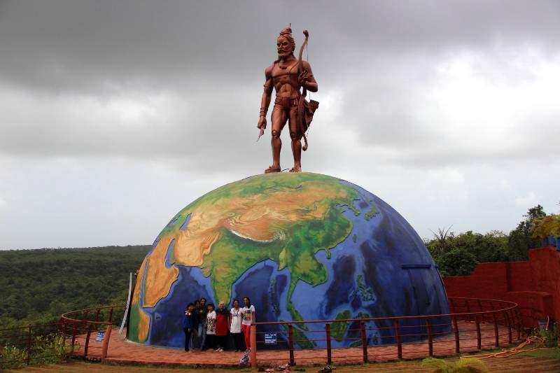Parshuram huge statue