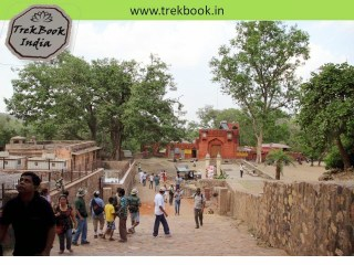 entrance to fort ranthambore india