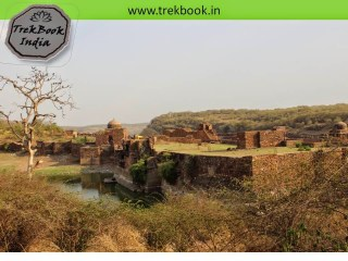 huge fort ranthambore india