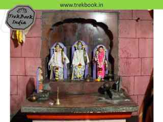 Ram, Sita and Laxman at jarandeshwar