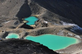 The Emerald Lakes, zoomed